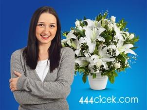 Kadınlar Gününe Özel 444cicek.com'da İndirim Kampanyası