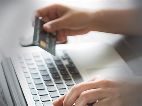 Visa kartını işlem anında Paycell'e kaydedenlere 1 gb hediye!