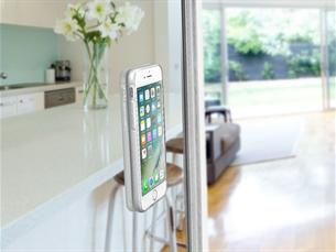Cellular Line iPhone 7/8 Cama Yapışan Şeffaf Kılıf